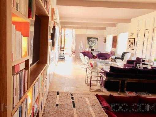 villa contemporaine, piscine, à qls Kms d'Essaouira