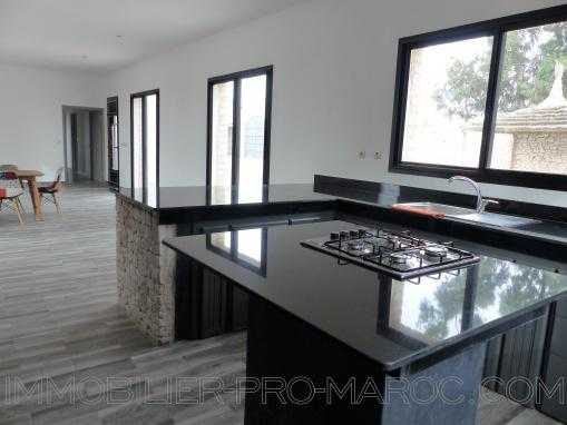 Villa neuve 3 chambres piscine