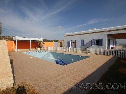 Belle maison 3 chambres piscine dans la campagne