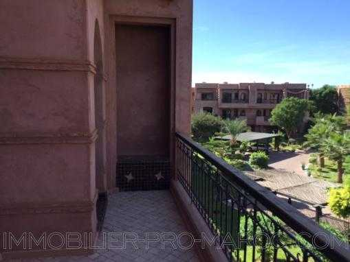 Appartement -dernier étage -Targa-jardin-piscine