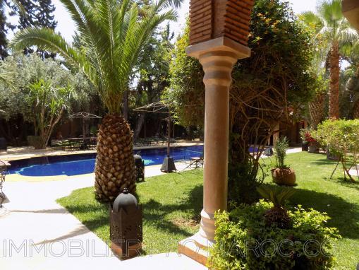 Exceptionnel villa avec piscine-10 chambres