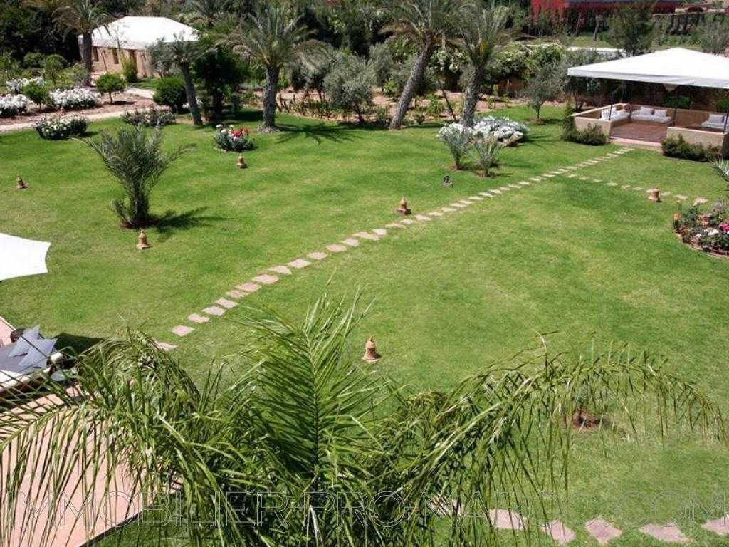 Maison d'hôtes Avantages Somptueuse maison d'hôte villa Jardin 8000m2-Piscine chauffée