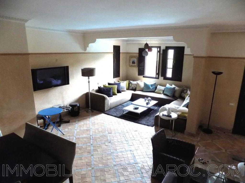 Villa Surface 300 m²