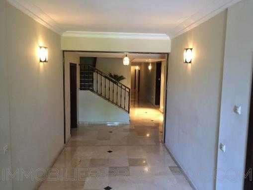 Appartement -2 chambres- de standing en plein coeur de Guéliz - Harti
