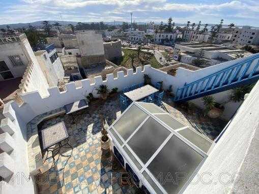 Maison d'hotes meublé 5 chambres avec terrasses aménagées