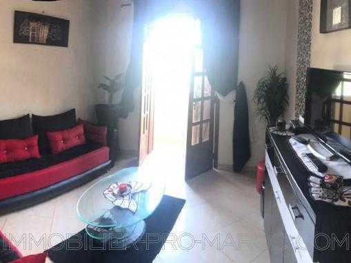 bel appartement 1e étage, meublé, 2 façades au quartier Rawnak