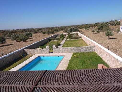 Belle VILLA récemment finie, avec piscine à 13 Kms d'Essaouira