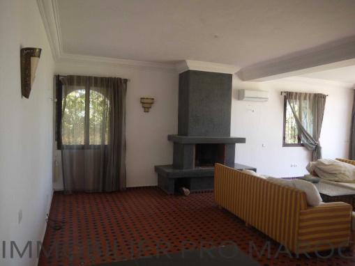 Belle villa non meublée, avec piscine à 12 Kms d'Essaouira