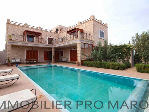 Magnifique villa meublée avec piscine à seulement 15 Kms d'Essaouira