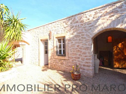 Original maison de douar avec piscine à qlqs Kms d'Essaouira