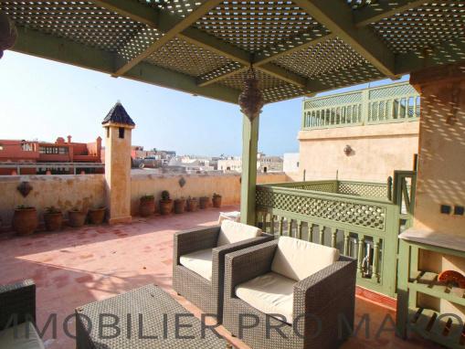 Magnifique Riad 6 chambres meublé bien placé dans la médina
