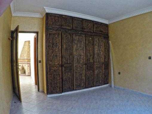 Beau Duplex nom meublé, 2 façades et bien placé