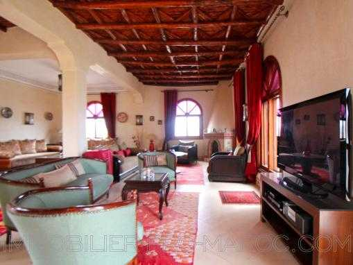 Très belle villa de plain pied, avec piscine, meublée à qlqs Kms d'Essaouira