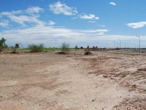 terrain constructible pour promotion immobiliere