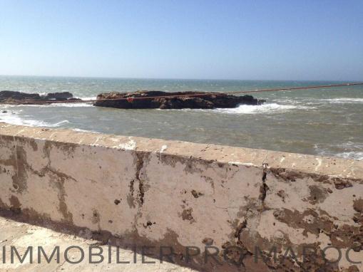 EMPLACEMENT EXCEPTIONNEL: Riad à rénover vue mer dans la médina d'Essaouira