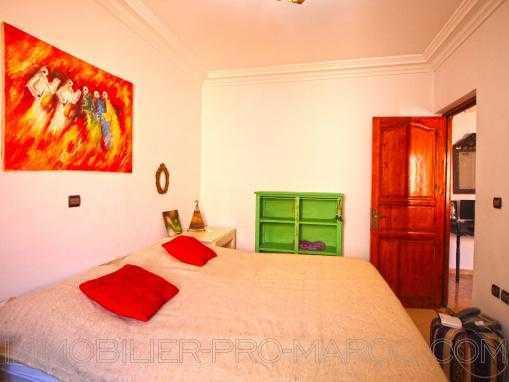 PRIX EN BAISSE! coquet appartement 2éme étage, meublé et avec 2 façades