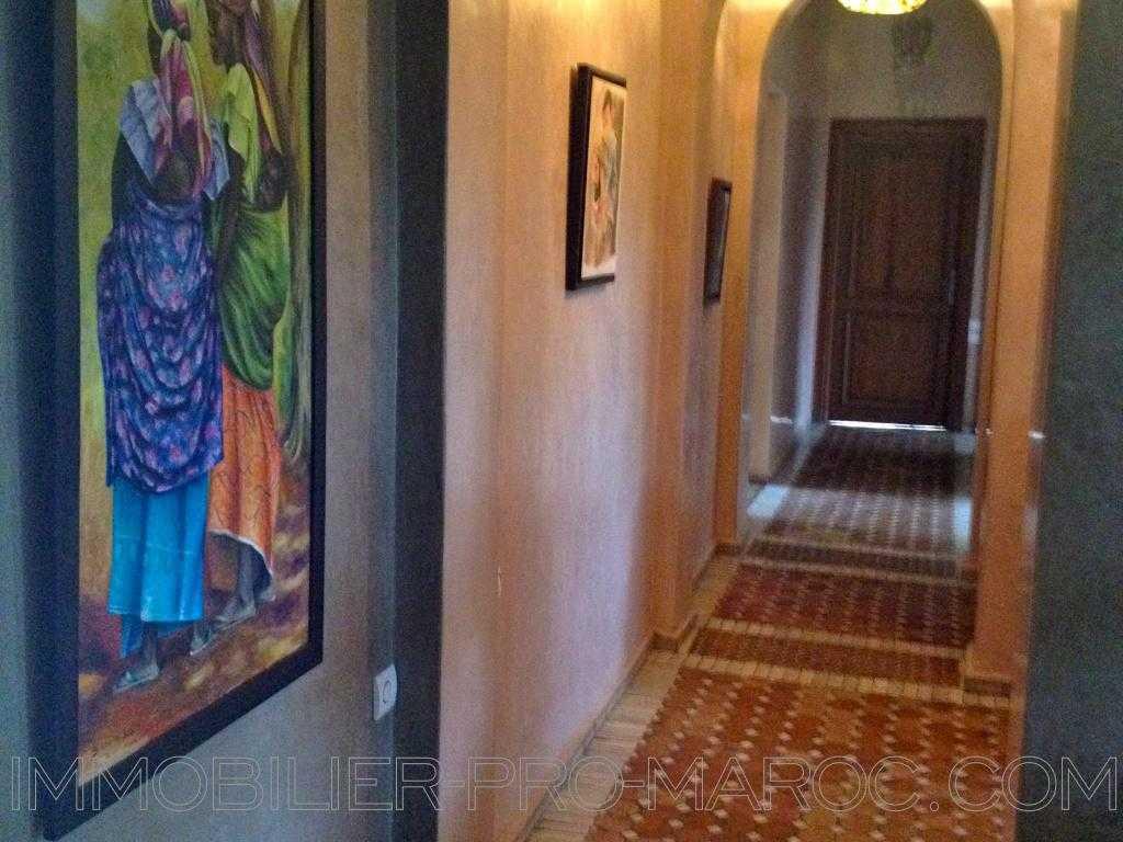 Villa Surface du Terrain 3 500 m²