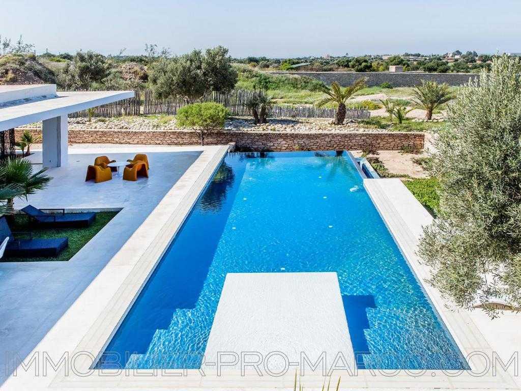 Villa Surface du Terrain 16 000 m²