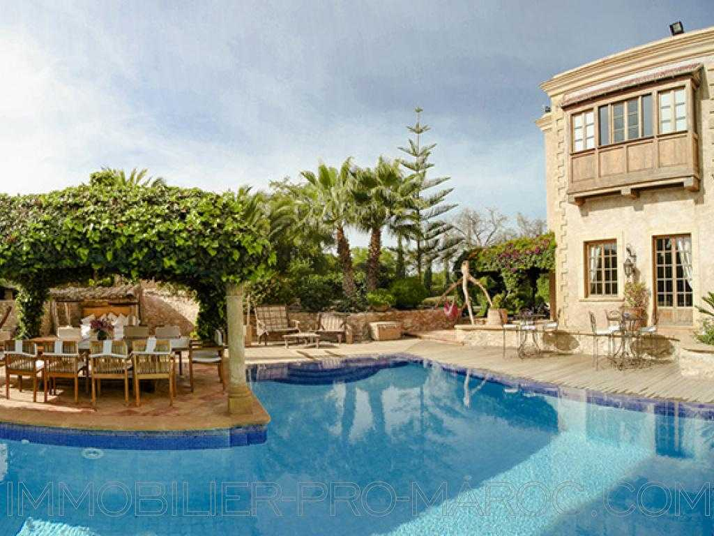 Villa Surface 450 m²