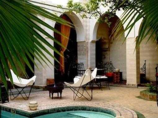 Riad Maison d'Hôtes en activité. Vente fond et murs.