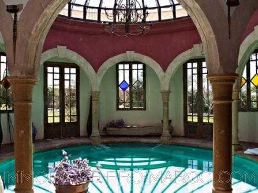 DEMEURE DE PRESTIGE: Villa avec piscine intérieur et extérieur à quelques Km d'Essaouira