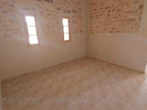 Maison de campagne, vide, avec piscine à 12 kms d'Essaouira