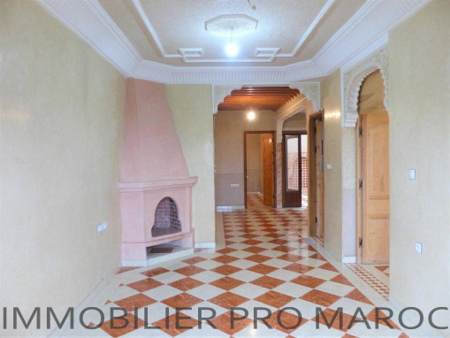 SUBLIME APPARTEMENT AVEC BALCON AU QUARTIER RAOUNAK