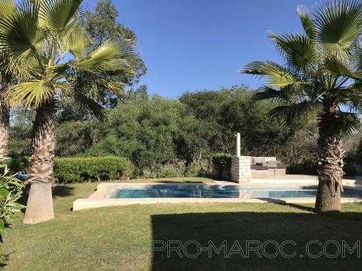 villa contemporaine , avec piscine, sans vis à vis, sur le Gorf de Mogador