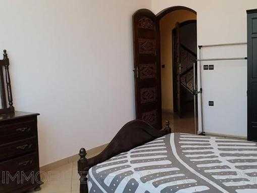 Lumineux appartement de charme, entièrement meublé au quartier Rawnak