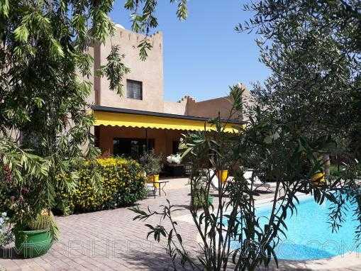 Villa 3 chambres piscine domaine sécurisé