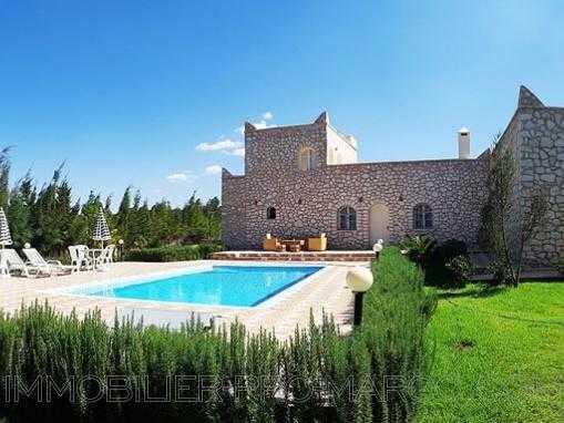 villa meublé avec piscine à 12 kms d'Essaouira