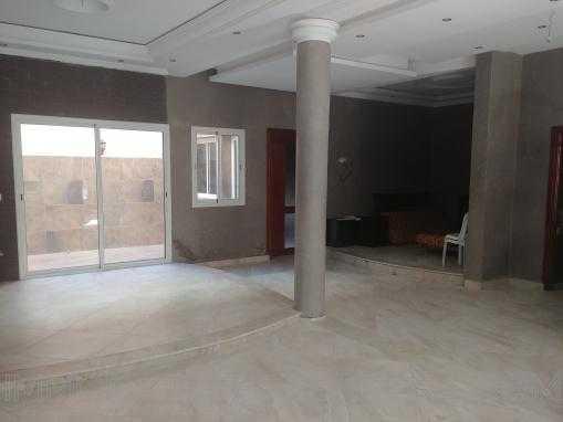 Spacieuse villa stratégiquement situé au quartier MOSTAKBAL