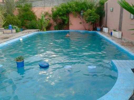 Villa de standing-jardin-Piscine-Targa-11 chb