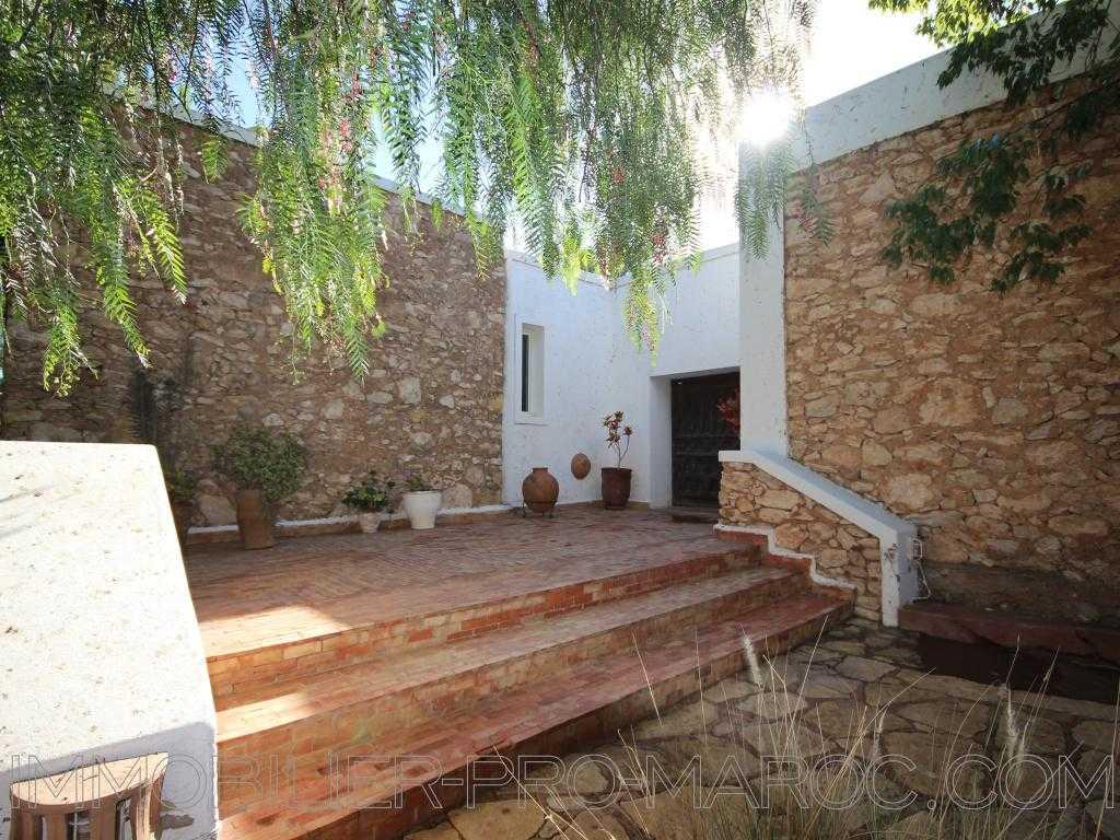 Villa Surface 227 m²