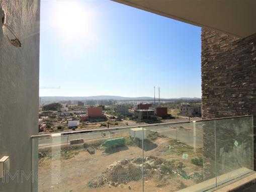 Appartement avec terrasse attenante dans  résidence de standing