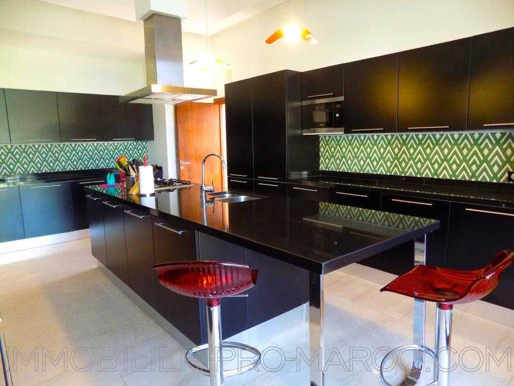 Villa Surface 560 m²