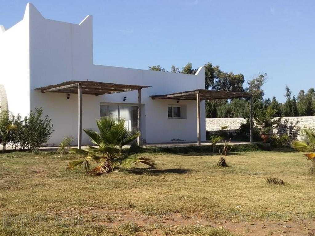 Villa Surface du Terrain 1 400 m²