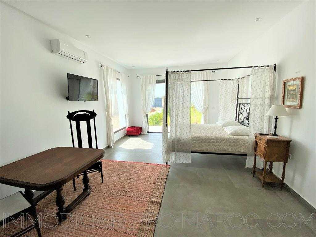 Villa Surface du Terrain 2 000 m²