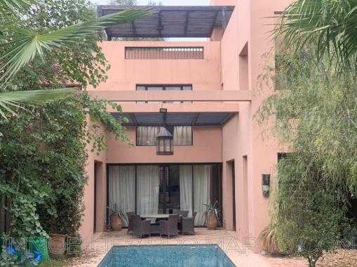 Villa riad contemporain en front de golf