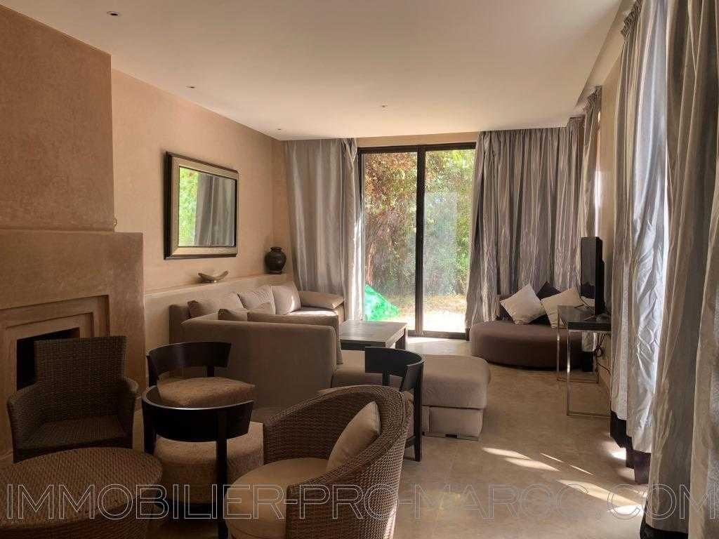 Villa Surface du Terrain 600 m²