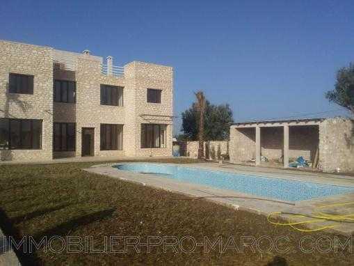 Belle villa non meublée, avec piscine, à 14 Kms d'Essaouira