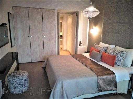 Appartement contemporain, bord de mer, dans une résidence de standing