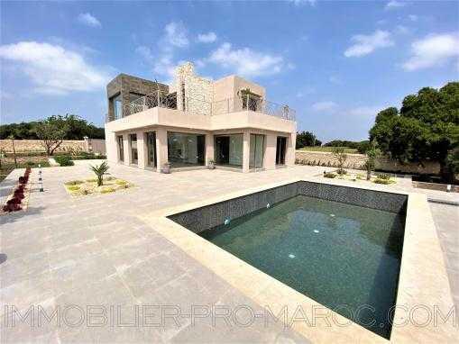 Splendide villa, neuve, vue dégagée sur la campagne et les arganiers