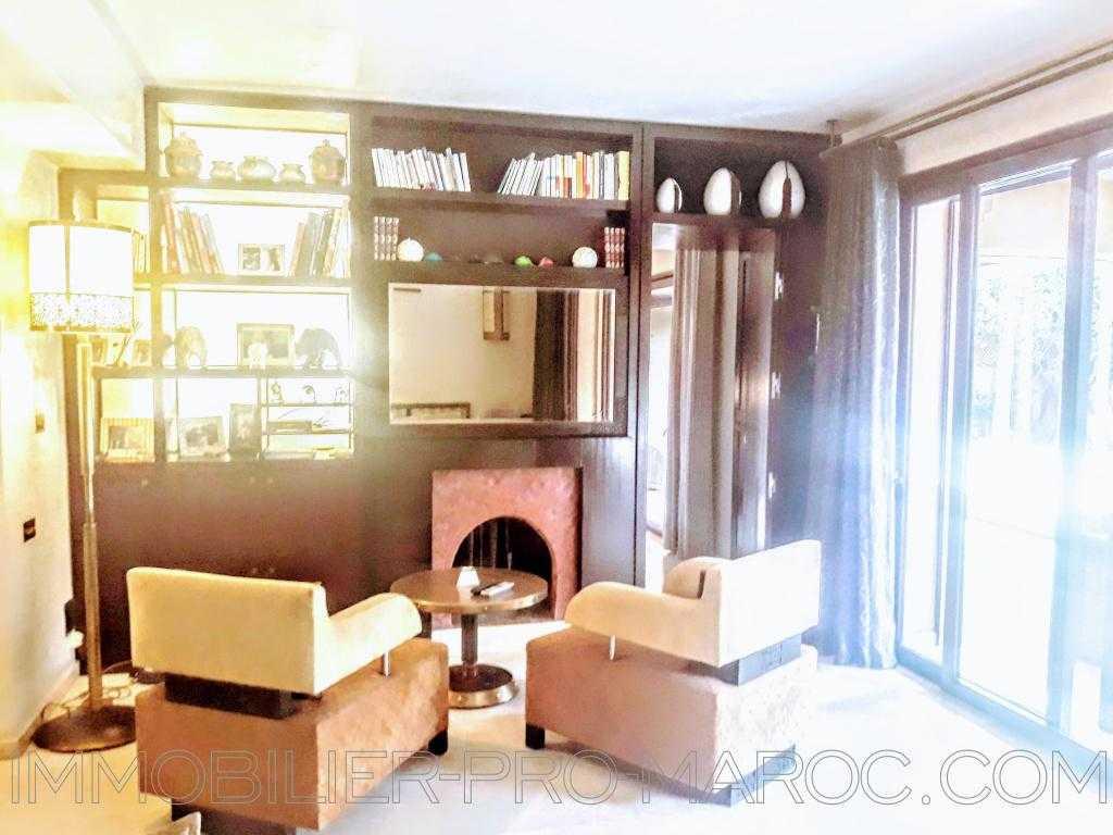 Appartement Surface du Terrain 305 m²