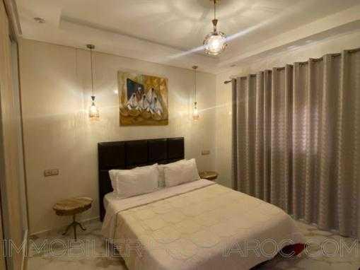Appartement neuf, entièrement meublé à 50m de la plage