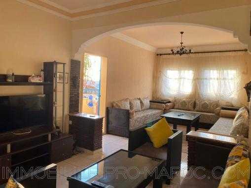 Bel Appartement 2e étage, sans vis à vis, meublé, avec 2 balcons